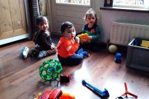 spelen-en-samen-delen-word-geleerd-bij-de-Banjo-Bengeltjes